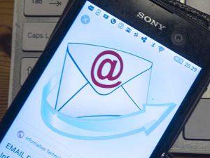 Kontakt os på mail og send gerne foto af effekter til salg.